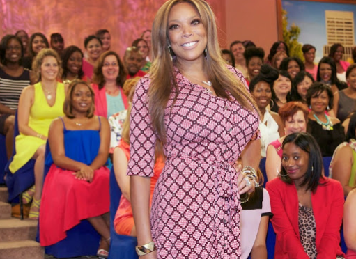 WENDY WILLIAMS EATS A CROW (VIDEO)- AFTER LOSING A BET ABOUT KIM KARDASHIAN AND KANYE WEST