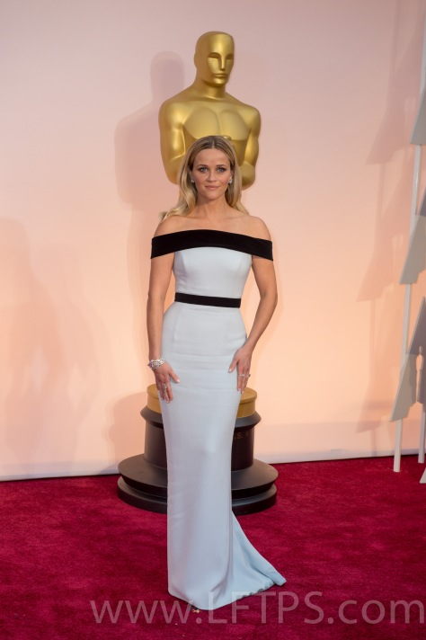Reece Witherspoon at the Oscars 2015
