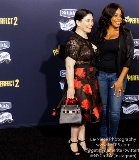 Alex Borstein, Niecy Nash AT PITCH PERFECT 2 MOVIE PREMIERE- LOS ANGELES