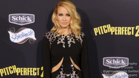 Anna Camp AT PITCH PERFECT 2 LOS ANGELES MOVIE PREMIERE