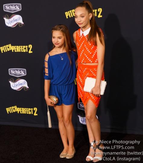 Mackenzie Ziegler, Maddie Ziegler AT PITCH PERFECT 2 LOS ANGELES MOVIE PREMIERE